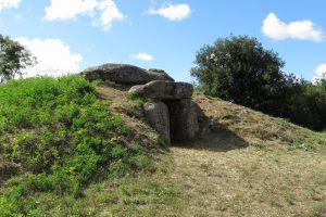 Dolmen de la Sulette à Saint Hilaire la forêt - Crédit Photo© Office de Tourisme Destination Vendée Grand Littoral
