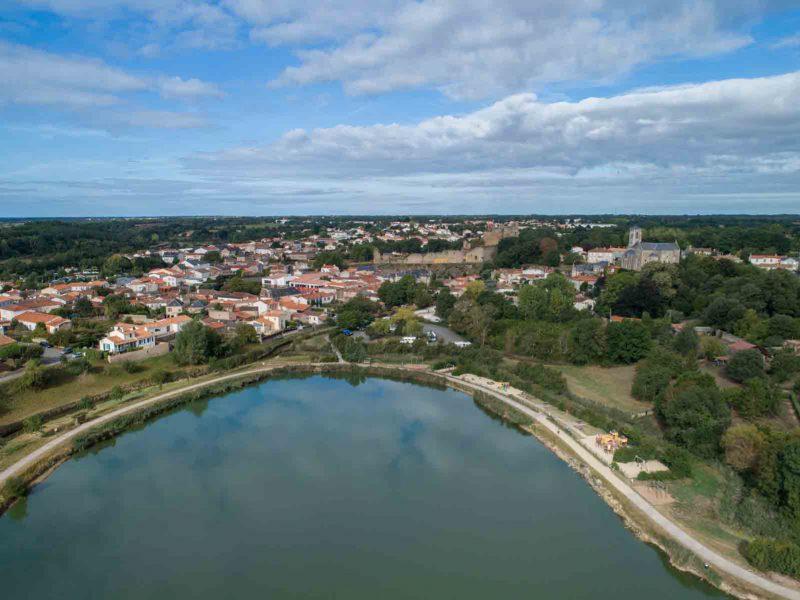 Plan d'eau de Talmont-Saint-Hilaire - ©Horizon Vertical