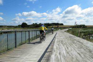 Talmont-Saint-Hilaire - Passerelle vélo Marais