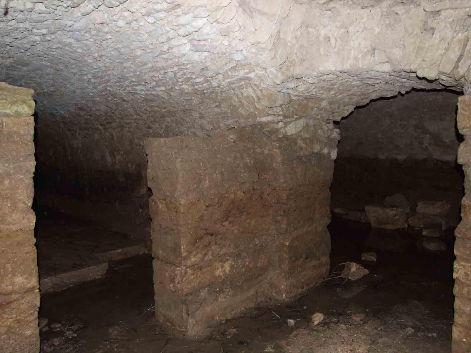 Les souterrains de l'église d'Angles ©Office de Tourisme Destination Vendée Grand Littoral