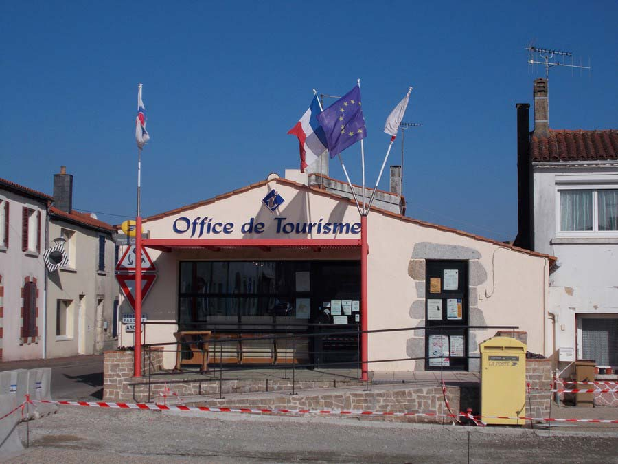 office-tourisme-avrille-destination-vendee-grand-littoral-exterieur