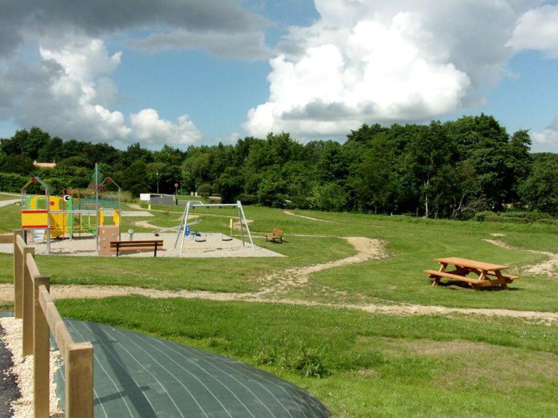Aire de jeux Saint-Avaugourd-des-Landes