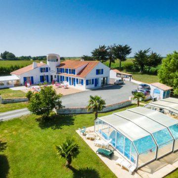 Chambres d'hôtes Jard-sur-Mer avec piscine couverte Résidence Romaric