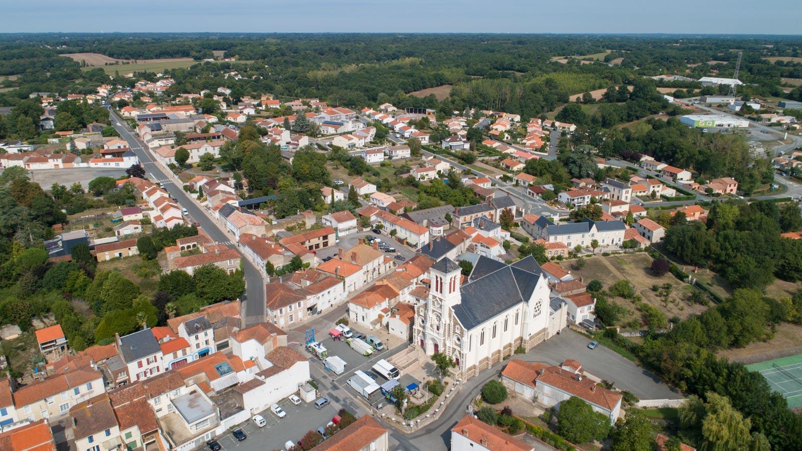La ville du Champ Saint Père - ©Horizon Vertical