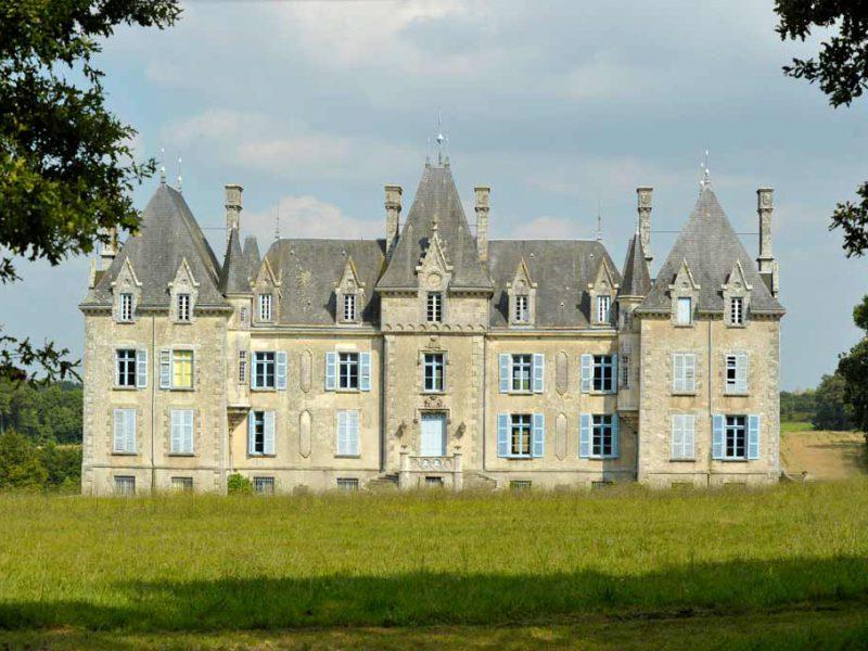 Chateau de la Benatonnière à Grosbreuil est un bâtiment privé - ©Thomas Delonde