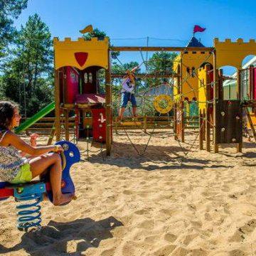 Camping Longeville-sur-Mer Odalys Les Dunes jeux pour enfants