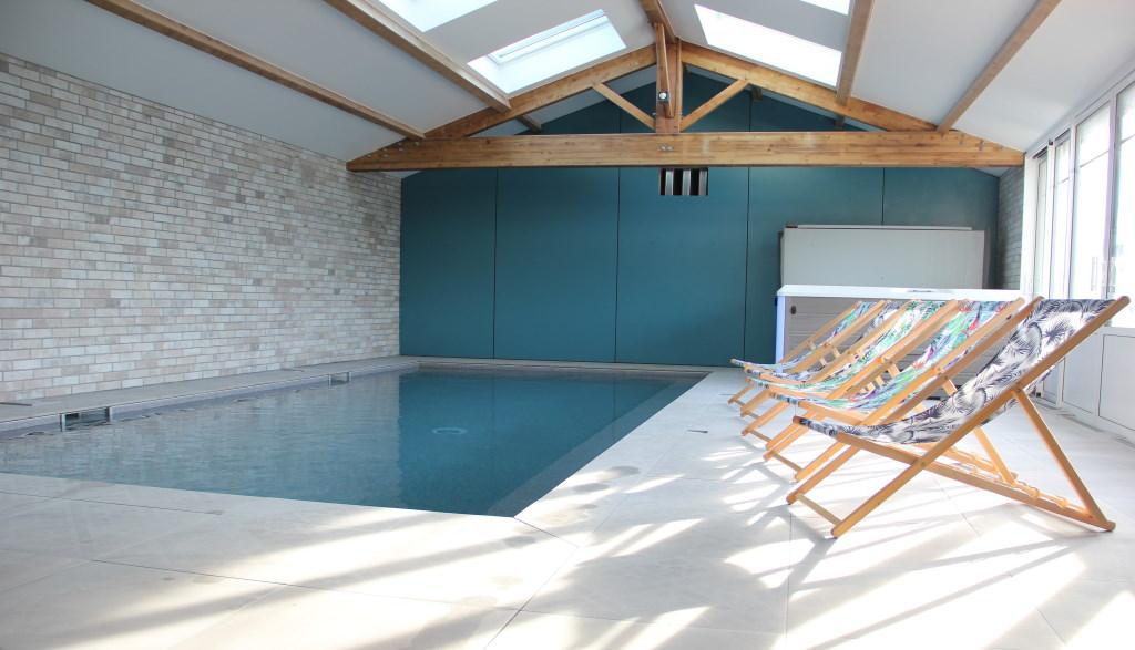Gîte de charme avec piscine intérieure pour 15 personnes à Saint-Vincent sur Jard