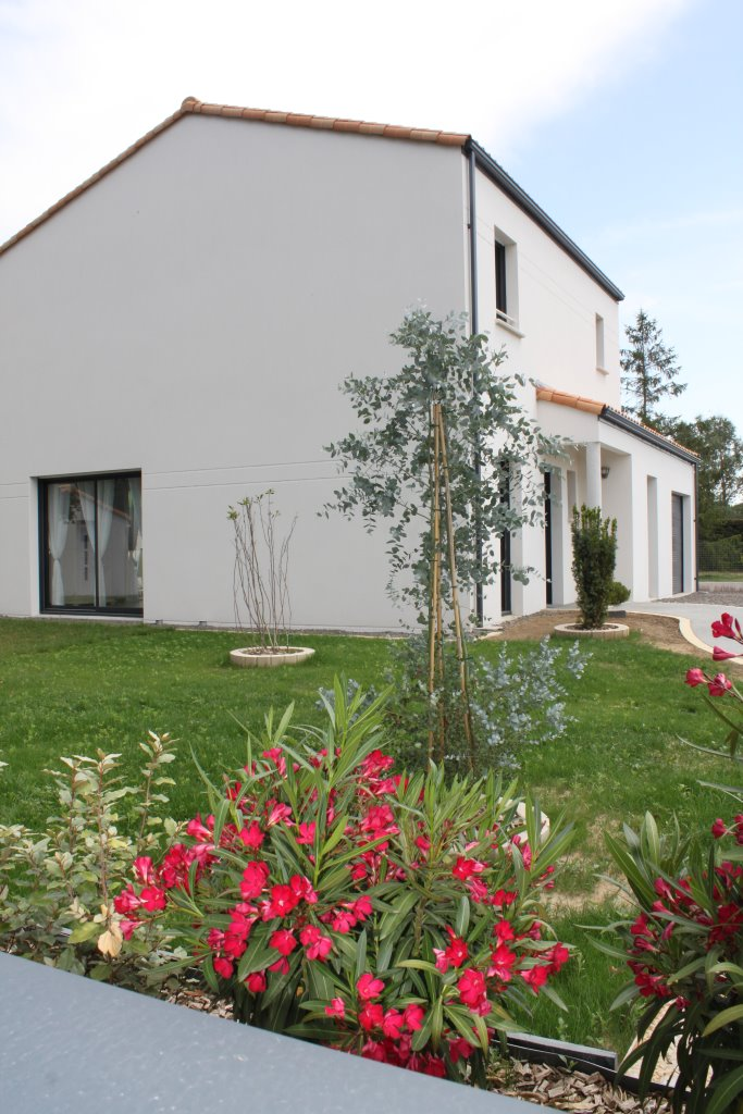 Maison du Payré, location de vacances à Talmont-Saint-Hilaire avec jardin arboré
