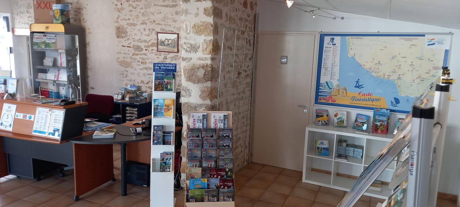 Bureau_de_tourisme_Avrillé_2